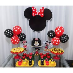 Minnie Mouse Birthday Cakes, Minnie Mouse Baby Shower, Mickey Birthday, Minnie Mouse Party, Mouse Parties, Birthday Party For Teens, Baby Girl Birthday, Birthday Party Decorations, Aaliyah Birthday