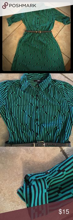 Beautiful dress from Dillard's Worn a handful of times and in EXCELLENT condition. Hunter green dress with black stripes. Buttons down to the waist and comes with the black belt with gold details. No holes no stains. I.N. Dresses