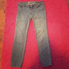 Straight leg jeans Bullhead, straight leg jeans, size 7. Hermosa style. Worn but still in great condition. Bullhead Jeans Straight Leg