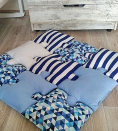 Blue Puzzle Baby Play mat – The best ideas Blue Throw Pillows, Baby Pillows, Baby Bedroom, Baby Play, Baby Crafts, Baby Decor, Baby Sewing, Baby Quilts, Room Decor