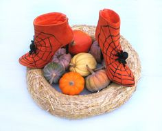 Halloween shoes, boots, witch shoes, Halloween decor, orange black, spider web, spiders, OOAK, Thanksgiving, vampire party, costume party - pinned by pin4etsy.com