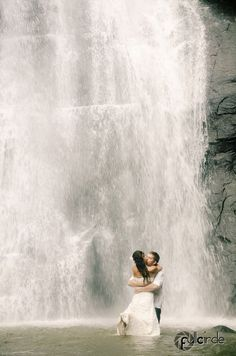Waterfall Trash the dress