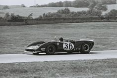 Dan Gurney - Lola Ford - All American Racers Inc. -Players 200 - Can-Am Mosport - 1967 Canadian-American Challenge Cup, round 3 Sports Car Racing, Race Cars, Auto Racing, My Dream Car, Dream Cars, Dan Gurney, Challenge Cup, Cars Usa, Can Am
