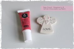 I picked up this cute Bee Good Raspberry & White Chocolate Lip Balm* in my goody bag from a recent blogger event that I attended in Leeds, the #LeedsMarchMeet. It was a social meeting for bloggers who