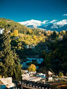 Sierra Nevada desde el Albayzín.