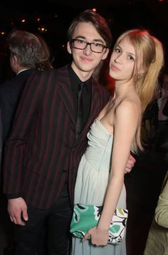 Isaac Hempstead-Wright and Nell Tiger Free (GoT season 5 SF premiere)