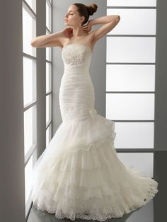Trumpet Mermaid Strapless Wedding Dress with Ruched Bodice
