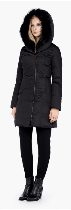 CARISSA BLACK DOWN COAT WITH FUR TRIMMED HOOD - SOIA & KYO