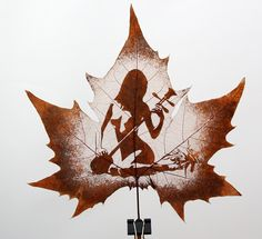 Leaf carving is a kind of handicrafts carved on actual leaves. Leaf carving is actually cutting and removal of the leaf's mesophyll to produce an artwork on a leaf without cutting or removing any veins. They are all by hand.