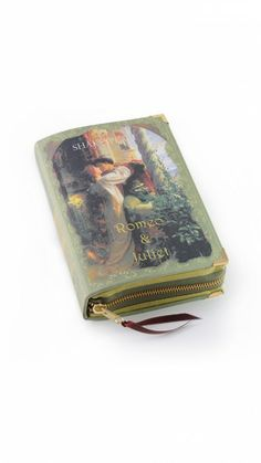 Bolso libro - Clutch book - Romeo & Juliet Original y romántico clutch tipo libro de Romeo y Julieta - Dresseos