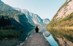Compassion Meditation to Ease Anxiety. Opening our hearts by practicing compassion for others can help us accept & give space to our anxiety. The post A Compassion Meditation to Ease Anxiety appeared first on Mindfulness Exercises. Sacramento, Yoga Posen, Travel Checklist, Blog Voyage, Krav Maga, Angst, Guided Meditation, Meditation Books, Mindfulness Meditation
