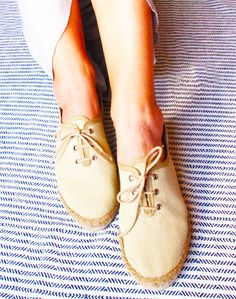 Lace-up Espadrilles made in Spain in natural linen with a low jute wedge and a rubber sole for greater durability. #spanish #shoes