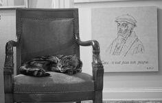 Le pape du fauteuil et le pape de Genève.