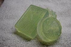 """Натуральне мило ручної роботи """"Вербена"""" Склад: мильна основа (в-во Англія), екстракт арніки, олія виноградних кісточок, ефірна олія вербени.   .......................  Аромат мила освіжаючий, легкий лимонний, радісний /  Natural hand-made soap """"Verbena"""" Composition: soap base (England), arnica essence, wine stone oil, essential oil of verbena.  Very nice fresh aroma, very joyful."""