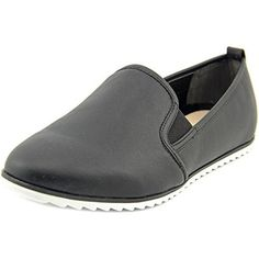 Bar Iii Opal Slip On Loafer Flats (74 PEN) ❤ liked on Polyvore featuring shoes, black, black flat shoes, black laced shoes, black pointed flats, slip on dress shoes and dress shoes