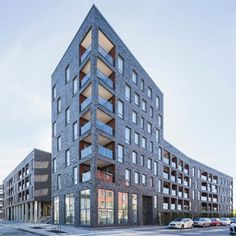 KjellanderSjoberg Majagraddnos featuredr Brick Architecture, Industrial Architecture, Residential Architecture, Modern Apartment Design, Brick Facade, Social Housing, Hotels, Building Facade, Brick And Stone