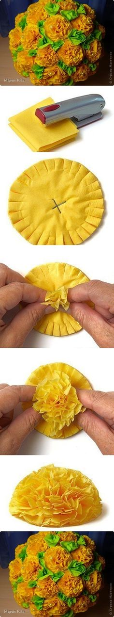 Discover thousands of images about como fazer flores de papel para festas passo a passo Handmade Flowers, Diy Flowers, Fabric Flowers, Tissue Flowers, Yellow Flowers, Origami Flowers, Tissue Paper Roses, Yellow Bouquets, Easy Paper Flowers