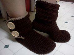 Ravelry: Slipper Boots pattern by Denisse Esparza