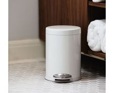 Attractive This Simplehuman Compact Round Step Trash Can Is Perfect For Smaller Spaces  Like A Bathroom Or An Office. It Features A Strong Steel Pedal And A  Removable ...