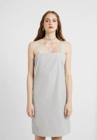 HOSBJERG OPEL DRESS - Freizeitkleid - light grey - Zalando.de One Shoulder Wedding Dress, Shoulder Dress, Models, Wedding Dresses, Fashion, Under Dress, Gray, Gowns, Templates