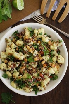 Roasted Cauliflower and Chickpea Quinoa Salad with Jalapeño-Lime Dressing #healthy #veggie #salad