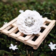 White flower crochet