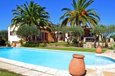 Superbe villa de 6 chambres avec une grande piscine et de magnifiques jardins à Puget sur Argens.