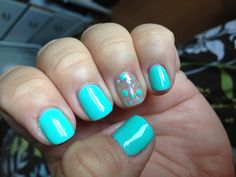 Gorgeous aqua blue gel nails!! I bought some eBay gel polish and they're better than Gelish!!! <3