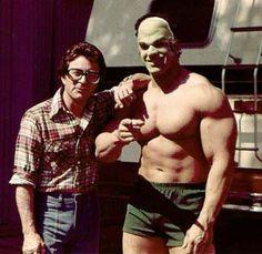 Between Filming Incredible Hulk TV Show, Bill Bixby & Lou Ferrignio ! 10 Film, Comic Book Characters, Comic Character, Incredible Hulk Tv, Hulk Movie, Mejores Series Tv, Hulk Smash, Classic Tv, Music Tv