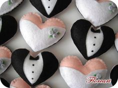 Coração Noivos - Lembrancinha Casamento Frente e verso: Noivo de um lado e noiva do outro lado do coração).