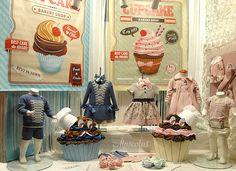 Octubre 2014  #modainfantil #kids #bebé #ropabebé #escaparates #Cupcakes