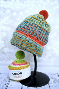 free crochet hat pattern with Caron Cupcakes