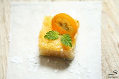 #Kumquat #lLemon Squares. Explore the recipes bloggers from all over the world contributed in #sisterMAG n°7. Photo: Anja from Glückseeligkeit