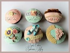Edible Art of the Day Winner for Tuesday, September 2013 Sabrina Jiffry. My first try at vintage cupcakes. Cupcake Flower Bouquets, Flower Cupcakes, Fairy Cakes, Fondant Cupcakes, Cute Cupcakes, Decorated Cupcakes, Cupcake Art, Cupcake Cookies, Cupcake Ideas