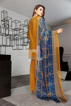 Classic and elegant brown colored three piece unstitched lawn dress by Nishat Linen online lawn collection 2018#wintercollection  #blackfriday #readytowear #pretwear  #unstitched #online  #linen #linencollection  #lahore #karachi #islamabad #newyork #london  #pakistan #pakistani #indian #alkaram #breakout #zeen  #khaadi #sanasafinaz #limelight #nishat #khaddar #daraz #gulahmed #2017 #2018  #blackfriday #pakistani_dresses #best_price #indian_dresses