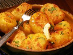 Pečené třepané brambory – U Miládky v kuchyni A Table, Ham, Potatoes, Treats, Chicken, Vegetables, Recipes, Recipies, Cooking