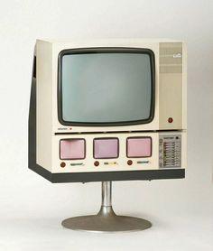 1967 Nordmende Spectra Color Studio 4-Screen