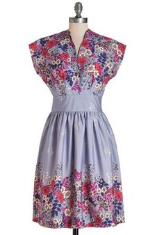 On the Scene Dress in Lilac. This floral dress from Myrtlewood offers the perfect way to stand out in a crowd on Friday night! #multi #modcloth