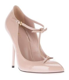 GUCCI T-bar pump, these shoes are just so adorable! Can pair these with a jean. For a dressy causal look.