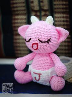 wawa amigurumi baby monster pattern by saplanetamigurumi on Etsy, $7.80