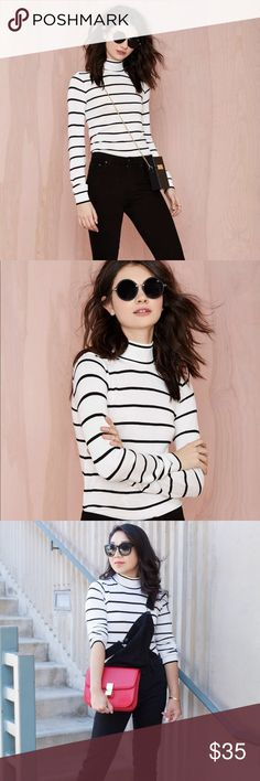 TODAY ONLY ‼️Nasty gal striped turtleneck LOWEST PRICE‼️  White and black striped turtleneck from nasty gal, size extra small, and extra soft! Nasty Gal Sweaters Cowl & Turtlenecks