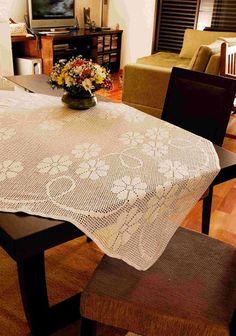 Toalha de Mesa Branca Quadrada Floral