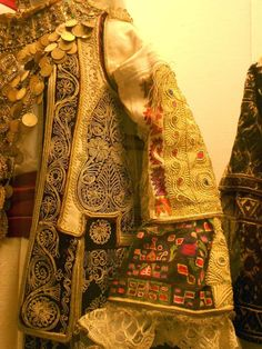 Athens Day 5 - Benaki Museum textiles, costumes and more. Greek Traditional Dress, Traditional Outfits, Greek Dress, Benaki Museum, Museum Photography, Dress Design Sketches, Embroidery Fashion, Gold Embroidery, Wedding Costumes