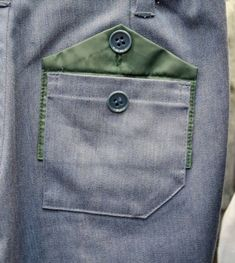 Blog Couture, Couture Details, Fashion Details, Fashion Design, Sewing Pockets, Style Masculin, Men Trousers, Fabric Manipulation, Mode Inspiration