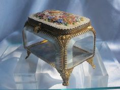 Glass Jewelry Casket with Micro Mosaic lid, 19th century