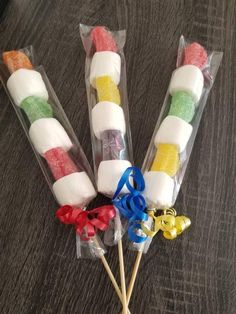 Marshmallow and Fruit Candy Kabobs Party Favors. Candy Land, Sweet Shop, Carniva… Sponsored Sponsored Marshmallow and Fruit Candy Kabobs Party Fruit Kabobs Kids, Candy Kabobs, Candy Party Favors, Party Treats, Carnival Party Favors, Carnival Parties, Candy Land Theme, Candy Land Birthday Party Ideas, Circus Theme Party