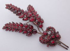 LARGE GLORIOUS ANTIQUE VICTORIAN BOHEMIAN GARNET SHEAF OF WHEAT BROOCH