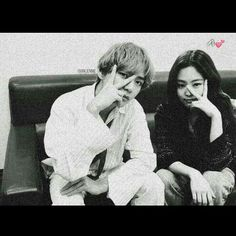 If Jenkook was past And Taennie is present Then What will happen in future ! TaeJenKook ff jenkook Vnnie [Completed💕] Kpop Couples, Cute Couples, Nct Group, Role Player, Couple Aesthetic, Friends Instagram, Blackpink And Bts, Just Friends, Foto Bts