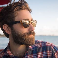 A truly epic beard is the product of self-restraint. When you first start growing, resist the urge to trim or style, and leave it untouched for the first 4-6 weeks. This will allow the hairs to grow in evenly (some grow faster than others), and help you pick a style that suits its length and thickness. We've got oils and balms that can really help maximise this process.  #beardedlife_style #beards #bearded #beardedmen #beardporn #beardgang #instabeard #beard #beardstyle #men #beardpic #goals…
