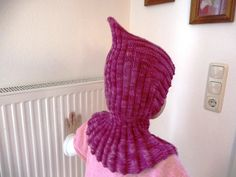 Ravelry: collared pixie pattern by Trude Knitting For Kids, Free Knitting, Baby Knitting, Crochet Baby, Knit Crochet, Diy Sewing Projects, Yarn Projects, Slouchy Hat, Baby Hats